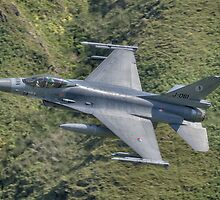 Dutch Air Force F16 low pass in the Mach Loop by Peter Talbot