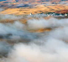 Steptoe Fog Clearing by DawsonImages