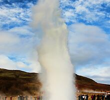 Geyser Erupted by Jasna