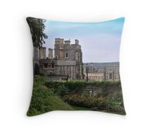 Castillo de Windsor...........................................Londres. Throw Pillow