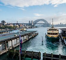 Circular Quay, Sydney by Ray Warren