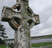 Monastery of Clonmacnoise by helenpartlow