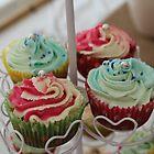 Cupcakes by HeloiseDiez