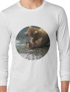 Bear catching beer in a river (Round) Long Sleeve T-Shirt