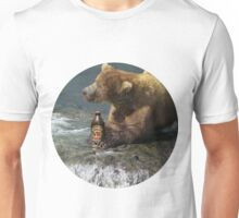 Bear catching beer in a river (Round) Unisex T-Shirt