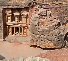 The Treasury10, Petra by bulljup