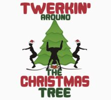 Twerk'n around the Christmas tree by beggr