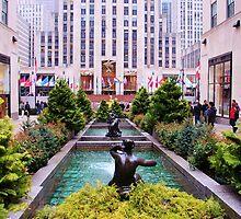 Rockefeller Plaza by VDLOZIMAGES