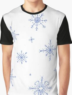 Winter snowfall  Graphic T-Shirt