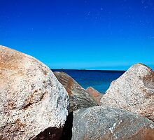 Rocky Sea by tutulele