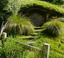 Hobbiton by Panthouse