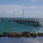 Heavy sea around the jetty by lezvee