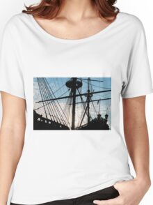 Old ship Women's Relaxed Fit T-Shirt
