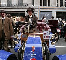 1902 Deckert at the Regent Street Motor Show 2013, by Keith Larby