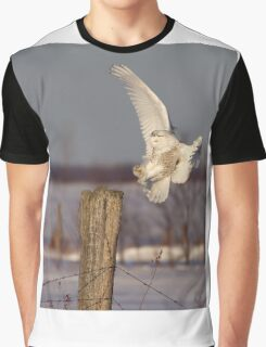 Snowy Owl on post Graphic T-Shirt