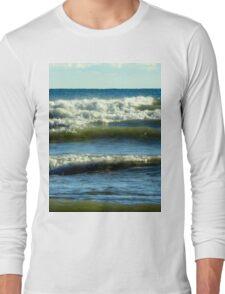 Blue waters of Lake Michigan in Sheboygan, Wisconsin Long Sleeve T-Shirt