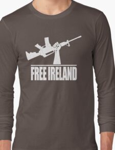 Free Ireland (Vintage Distressed Design) Long Sleeve T-Shirt