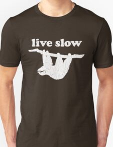 Cute Sloth - Live Slow (Vintage Distressed Design) Unisex T-Shirt