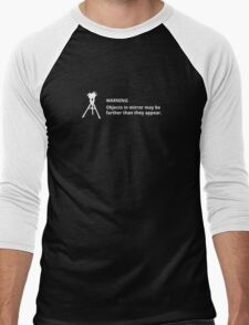 Objects in mirror (small, white) Men's Baseball ¾ T-Shirt