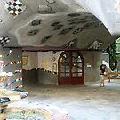 Between the buildings of Hundertwasser, Vienna by Ilan Cohen