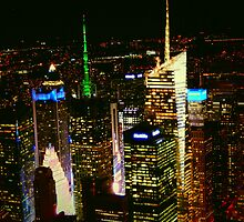 Times Square  by LManfredi