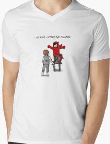 I am King under The Mountain Mens V-Neck T-Shirt