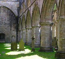 Dunkeld Cathedral by lezvee