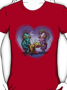 chupacabras love T-Shirt