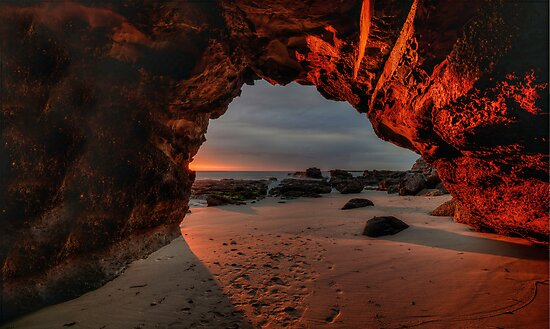 Caves Beach Sunrise. 9-11-13. by Warren  Patten