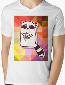 Raccoon who wash themselve Mens V-Neck T-Shirt