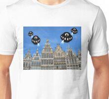 Aliens invade Antwerp Unisex T-Shirt