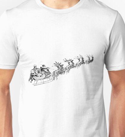 Reindeer Pulling Santa's Sleigh. Old Fashioned Christmas Image. Unisex T-Shirt