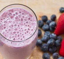 Breakfast smoothie by Justine Gordon