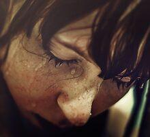 Tränen auf den Wangen  by strych9ine