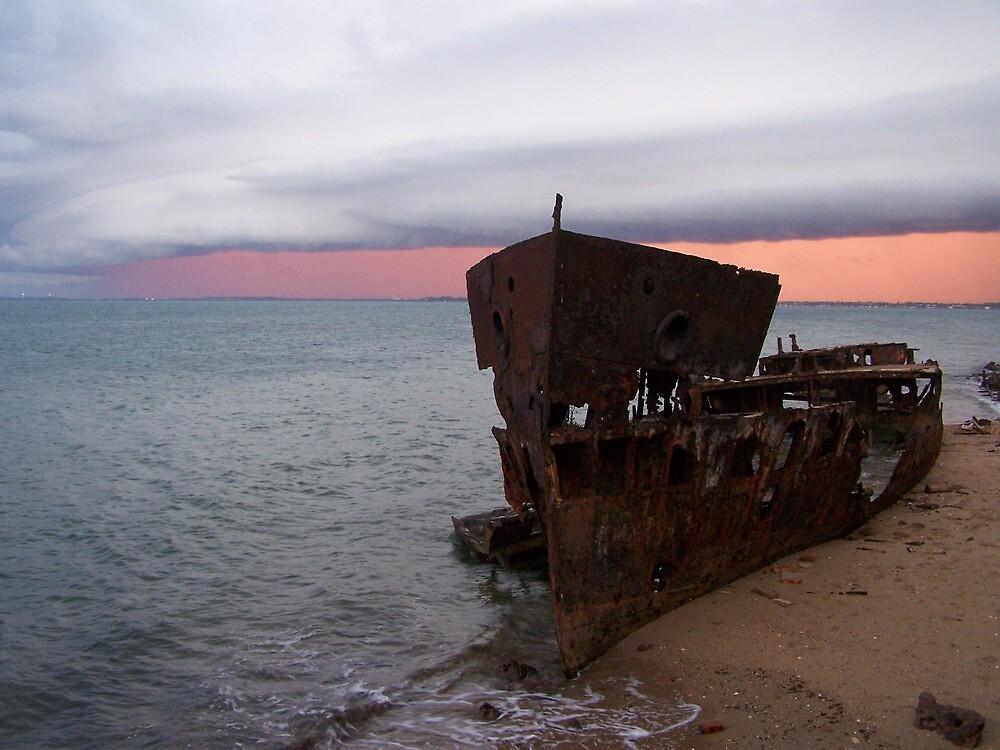 Gayundah Ship Wreck, Woody Point QLD by Gillian Ingersole