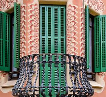 Antoni Gaudi's House by Xandru