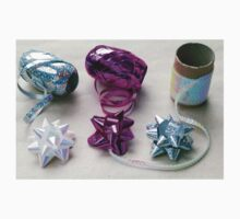 Gift Wrapping Ribbons and Bows One Piece - Short Sleeve