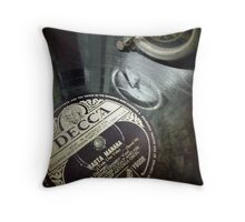 groove Throw Pillow