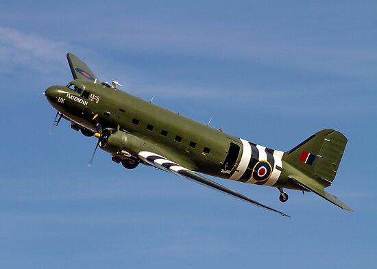 "Douglas Dakota C.3 ZA947 ""Kwicherbischen"" by Colin Smedley"