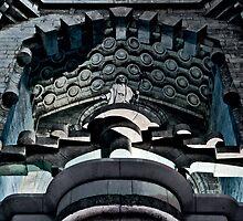 La Sagrada Familia by barkeypf