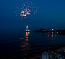 Fireworks At Clacton by alalchan