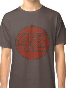 42 - red circle Classic T-Shirt