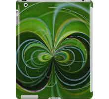 Green Madagascan Plant Orb iPad Case/Skin