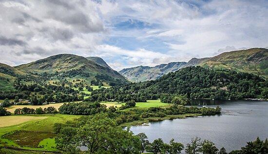 Landscape in the Lake District by DebbyScott