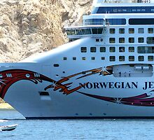 Norwegian Jewel by phil decocco