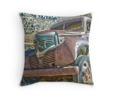Old Truck. Throw Pillow