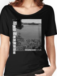 New Zealand - Whale Bay Tshirt - Blk&Wht Women's Relaxed Fit T-Shirt