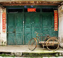 Bicycle in Xingping town by Robyn Lakeman