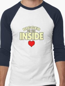 WHO has the Bigger Heart? Men's Baseball ¾ T-Shirt