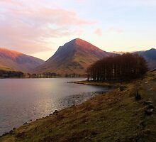 Buttermere at dusk by Helz